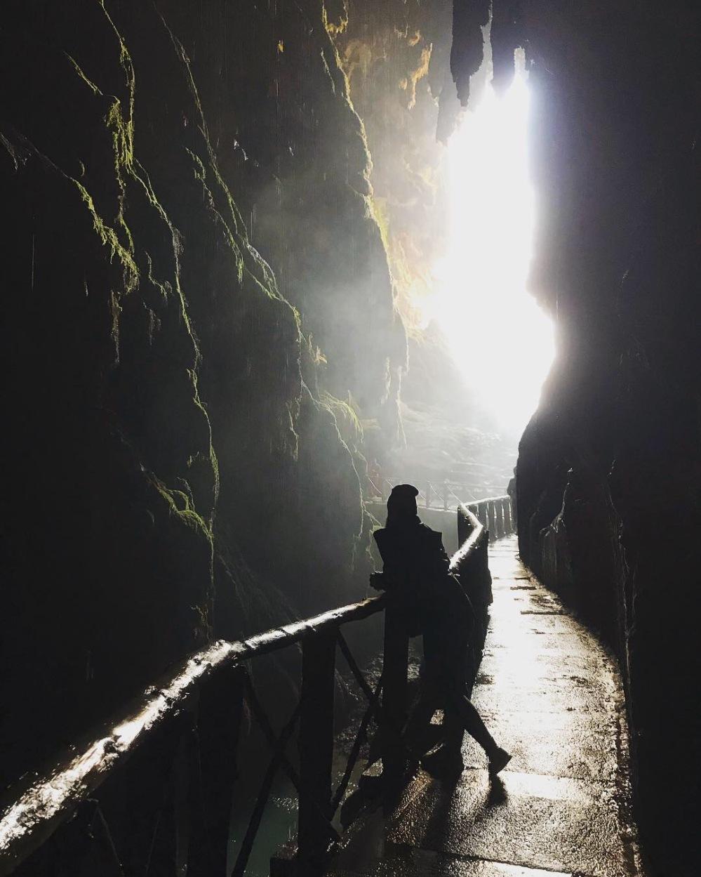 el_monasterio_de_piedra_aragon_cascada_contraluz